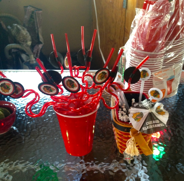 blackhawks everything down to the straws, umbrellas, and stirrers! :]